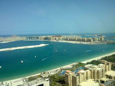 4 Beds plus Maids Apt w/ full marina and palm jumeirah view