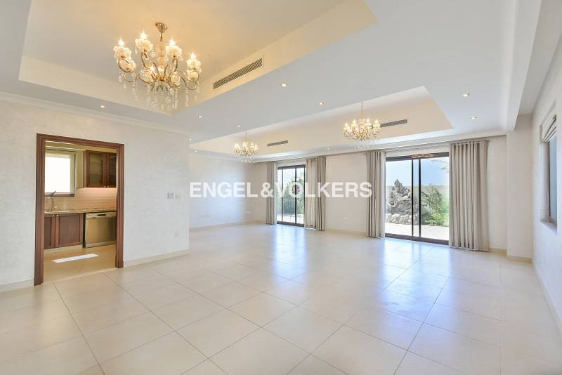 Upgraded Type 4 Villa | Well Maintained