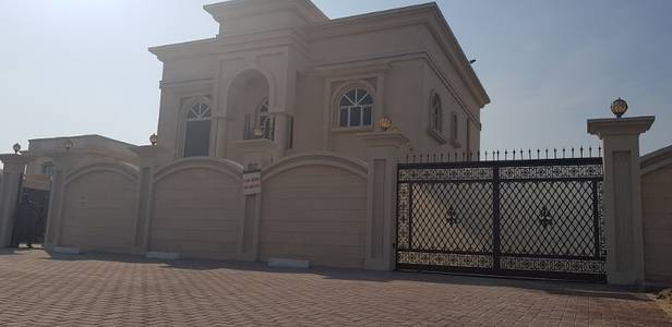6 Bedroom Villa for Rent in Muhaisnah, Dubai - BEHIND MADINAH MALL BRAND NEW 6BHK VILLA 25000 sqft WITH MAIDSROOM+DRIVERROOM+LOUNDRYROOM IN 350K WITH ALL FACILITIES