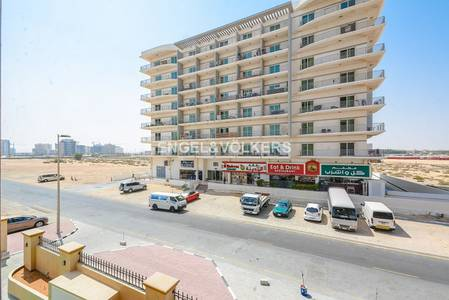 Building for Rent in Dubai Residence Complex, Dubai - New residential building | High quality.