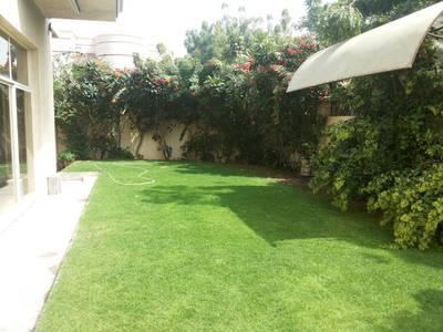 Beautiful extra huge five bedroom villa with big garden in Al Fisht Sharjah U. A. E