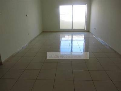 3 Bedroom Flat for Rent in Al Karama, Dubai - Very Spacious 3BR @ 110K in Karama very close to ADCB Metro Only for Single Family!