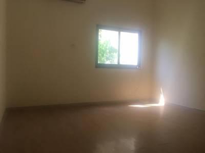 Studio for Rent in Al Manaseer, Abu Dhabi - Studio for 25,000 Yearly in Al Manaseer w/Tawtheeq