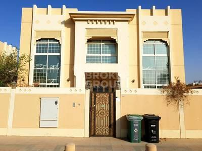 Villa for Rent in Jumeirah, Dubai - Semi Independent villa w/ Servant Quarter