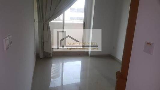 FULLY FURNISHED WELL MAINTAINED