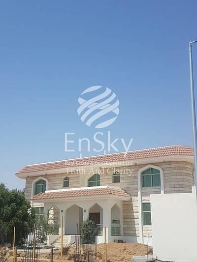 8 Bedroom Villa for Sale in Al Towayya, Al Ain - Amazing Traditional Style villa in a Good Location