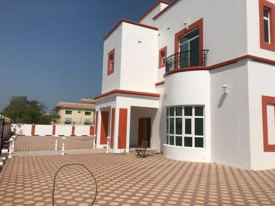 6 Bedroom Villa for Rent in Al Wasl, Dubai - Spacious Independent Villa for Rent l Excellent 6 bed room l in AL Wasal l near Water Canal