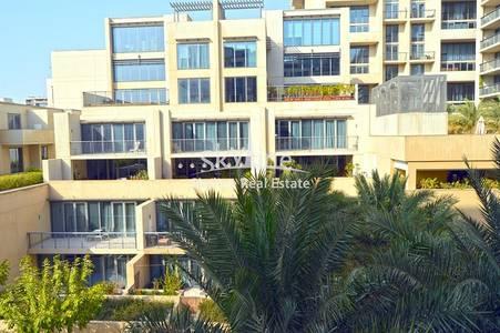 6 Bedroom Villa for Sale in Al Raha Beach, Abu Dhabi - 6-bedroom-villa-zeina-rahabeach-abudhabi-uae