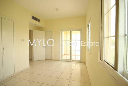 2 Bedroom Villa for Rent in The Springs, Dubai - Available Now Serene Lake Facing Type 4M
