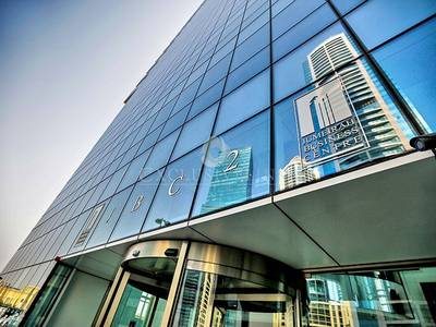 Office for Rent in Jumeirah Lake Towers (JLT), Dubai - Glass Partitioned Office for Rent in JLT