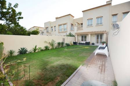 2 Bedroom Villa for Rent in The Springs, Dubai - Imaculate 2 Beds - Back to Back - Available