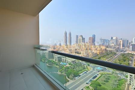 Full Canal   and  Sea view 1bed