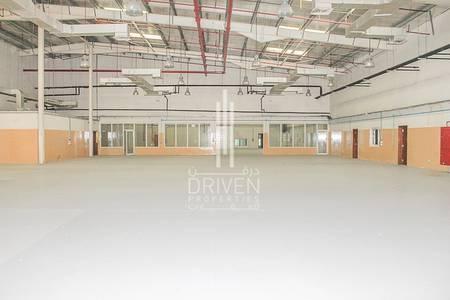 Warehouse for Rent in Dubai Investment Park (DIP), Dubai - Huge Warehouse in good location of DIP 2
