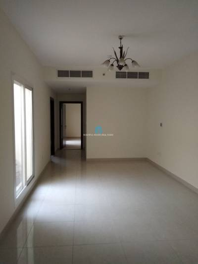 1 Bedroom Apartment for Rent in Al Safa, Dubai - SPACIOUS AND BRIGHT 1 BEDROOM FOR RENT ON MAIN SHEIKH ZAYED ROAD