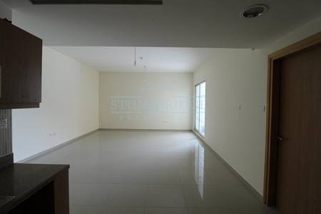 1 Bedroom Apartment for Rent in Jumeirah Village Triangle (JVT), Dubai - Huge One Bedroom Apartment In Green Park JVT