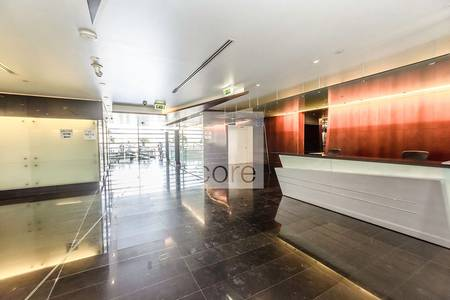 Office for Rent in Dubai Media City, Dubai - Spacious fitted office in Arenco Tower