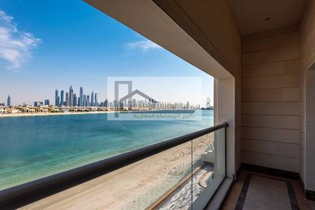 5 Bedroom Villa for Sale in Palm Jumeirah, Dubai - Luxury At Its Best! Full Sea View with Direct Beach Access