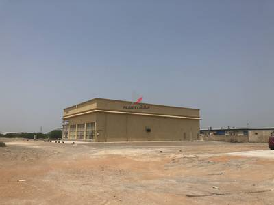 Warehouse for Rent in Al Qusaidat, Ras Al Khaimah - Warehouse for commercial and storage space