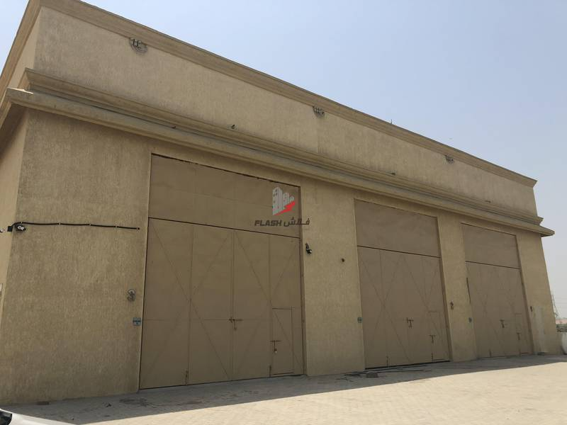 2 Warehouse for commercial and storage space