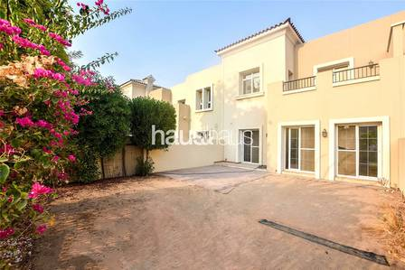 3 Bedroom Villa for Rent in The Lakes, Dubai - Skyline View| Type 2M | 2