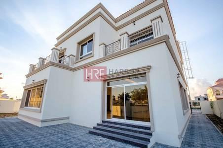 فیلا  للبيع في الفيلا، دبي - Spacious Custom-built Villa with Pool + Landscape Garden