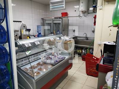 Shop for Sale in Abu Shagara, Sharjah - Main Road | Supermarket  | Parking Area | Full Services