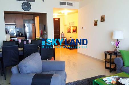 furnished 2 beds plus laundry high floor