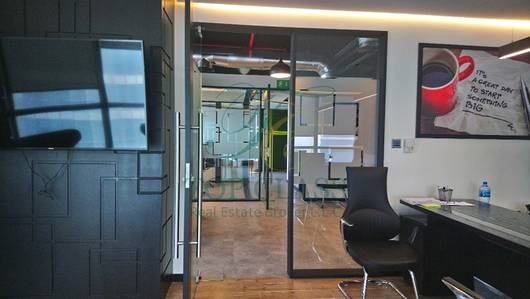 FULL FITTED AND FURNISHED OFFICE IN JLT