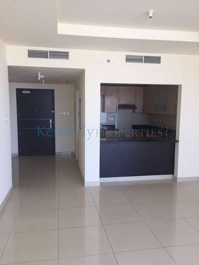 2 bed in Sun Tower Dec 1 move in