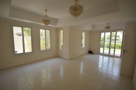 3 Bedroom Villa for Rent in The Springs, Dubai - Back To Back 2E Appliances Included Vacant