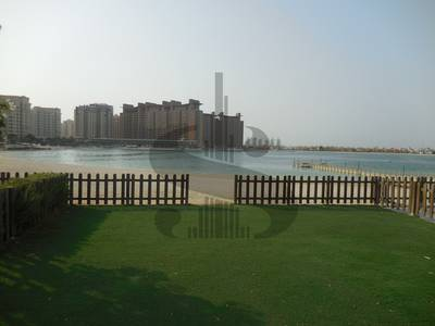 5 Bedroom Villa for Rent in Palm Jumeirah, Dubai - 5 BD Beach Villa Palma Residence Vacant!
