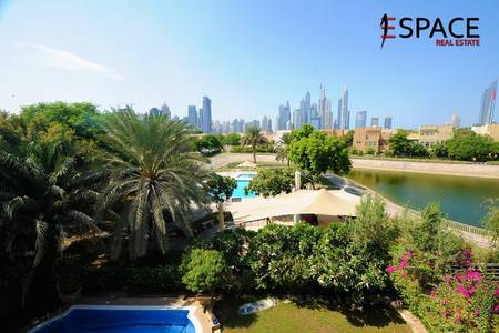 6 Bedroom Villa for Rent in The Lakes, Dubai - Upgraded Kitchen - Private Pool - Type E1