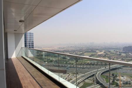 3 Bedroom Apartment for Rent in Dubai Marina, Dubai - Full golf course view on very high floor