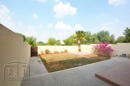 3 Bedroom Villa for Rent in Arabian Ranches, Dubai - Beautiful 3E - Directly backing park - Vacant