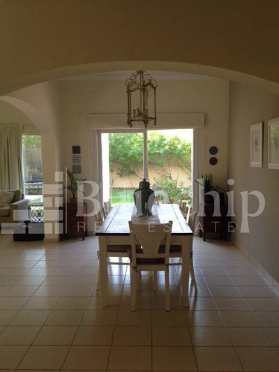 5 Bedroom Villa for Rent in The Meadows, Dubai - Gorgeous !!! Spacious 5 beds + Maids !!!