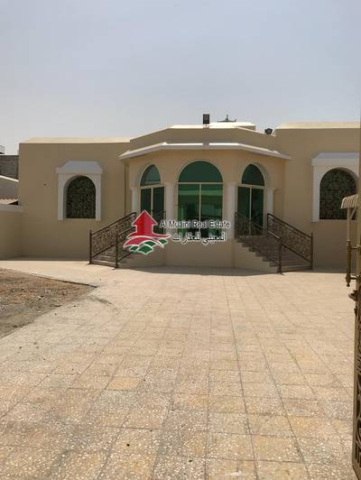 4 Bedroom Villa for Rent in Al Jurf, Ajman - Villa For Rent One Floor In Al Jurf