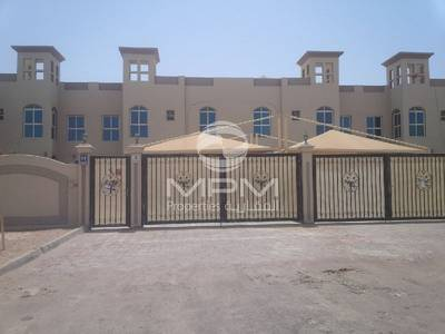 4 Bedroom Villa for Rent in Khalifa City A, Abu Dhabi - Clean and Big 4 Bedroom Villa with Majlis