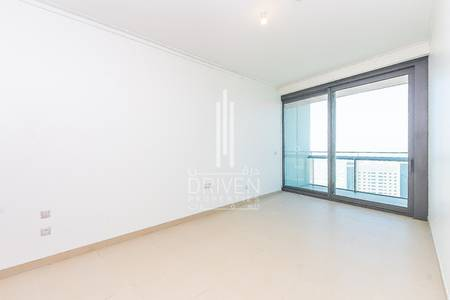 2 Bedroom Apartment for Rent in Downtown Dubai, Dubai - 12 Cheques | 2 Bedroom Top Floor SeaView