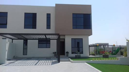 Own a villa in Sharjah Advance 45000 Dirhams - delivery December 2019
