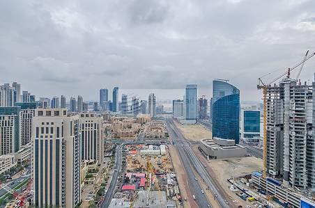 1 Bedroom Flat for Sale in Downtown Dubai, Dubai - Best Deal - Spacious 1 Bed - Corner unit