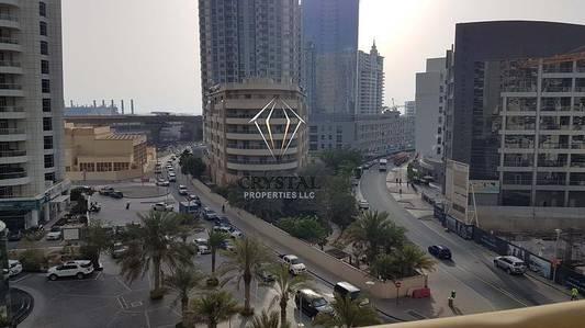 2 Bedroom Apartment for Rent in Dubai Marina, Dubai - Spacious 2 B/R + Hall For Rent@72k In Manchester Tower Dubai Marina