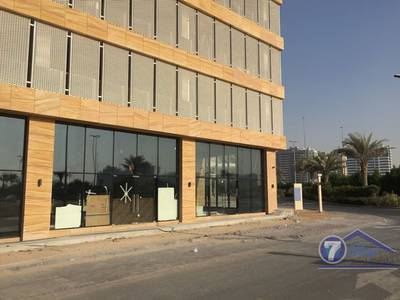 Shop for Rent in Jumeirah Village Circle (JVC), Dubai - Front Side Shop,High Ceiling,Best Location,JVC