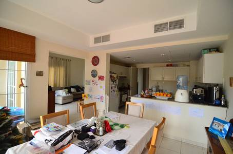 3 Bedroom Villa for Rent in The Springs, Dubai - Lake View|1E|Immaculate Condition|Vacant