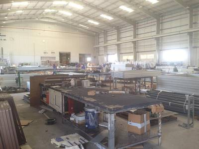 Warehouse for Rent in Mussafah, Abu Dhabi - Warehouse and Workshop in Mussaffah (Negotiable)