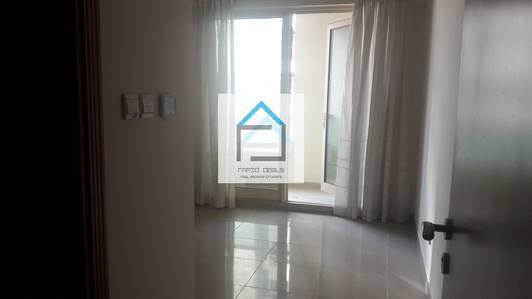 1 Bedroom Apartment for Rent in Dubai Marina, Dubai - Lavish 1BR facing SZR @ Manchester Tower