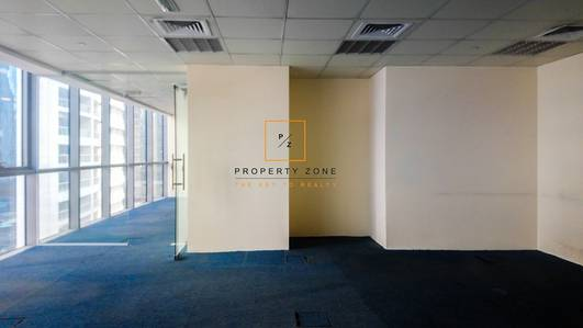 Office for Rent in Jumeirah Lake Towers (JLT), Dubai - Lake View/ Fitted Office in Indigo Tower