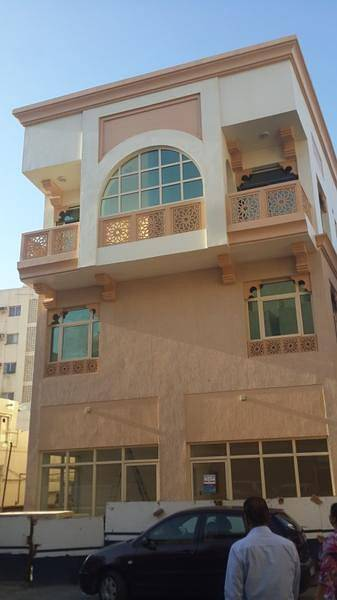 Studio for Rent in Bur Dubai, Dubai - Very well maintained studio for rent in burdubai.