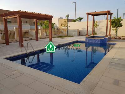 5 Bedroom Villa for Rent in The Marina, Abu Dhabi - Modern 5 Bed Villa with private pool