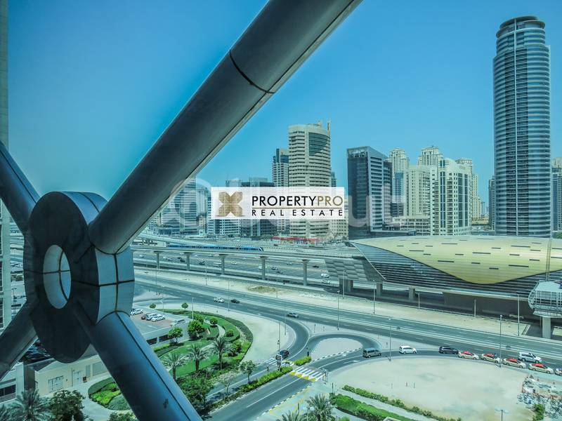 10 Spacious office in JLT near Metro Station