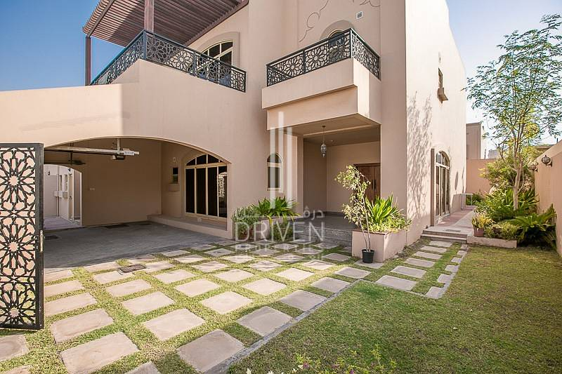 Lowest Price 5 Bed s+ Study + Maid Villa